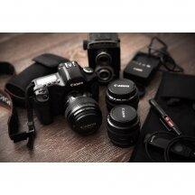 Kaip išsirinkti akumuliatorių ir kroviklį fotoaparatui?